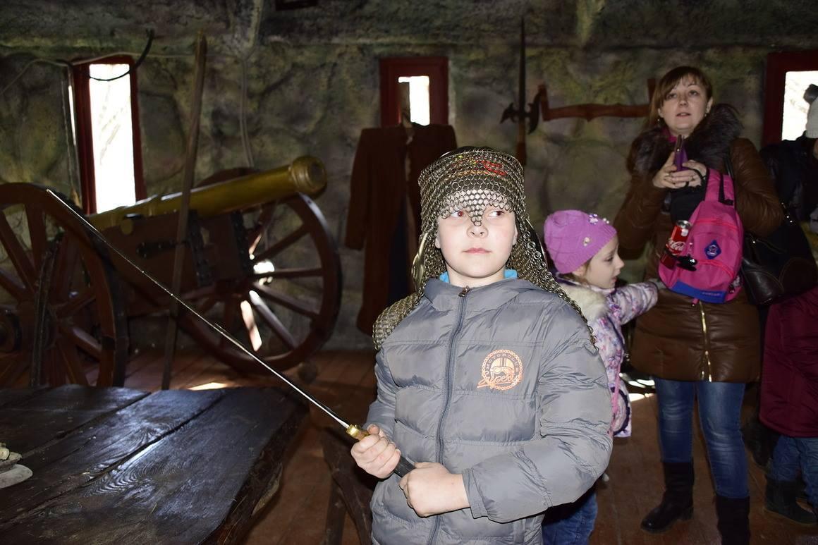 Участие ребят в программе «Русь Изначальная» в парке кино приключений «Мастер Панин»